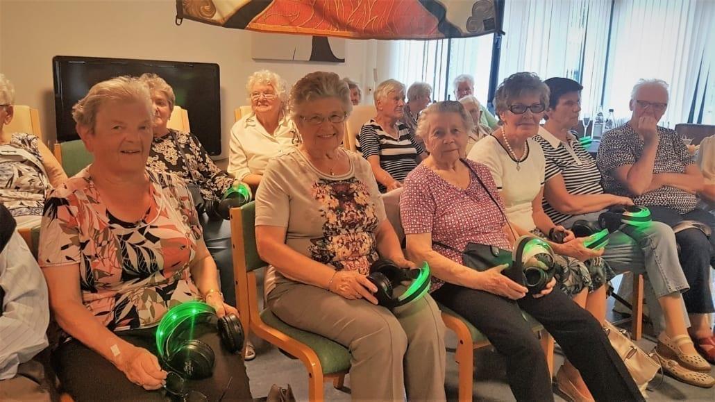 bejaarden silent disco senioren