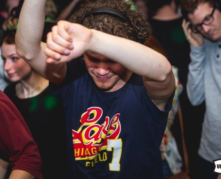 Lente-Ui silent disco Festival bij Podium Victorie Alkmaar